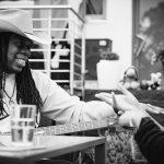 Zugehört & Nachgefragt: Larry Mitchell über seine Musik, Veränderungen und ein tolles Gartenkonzert