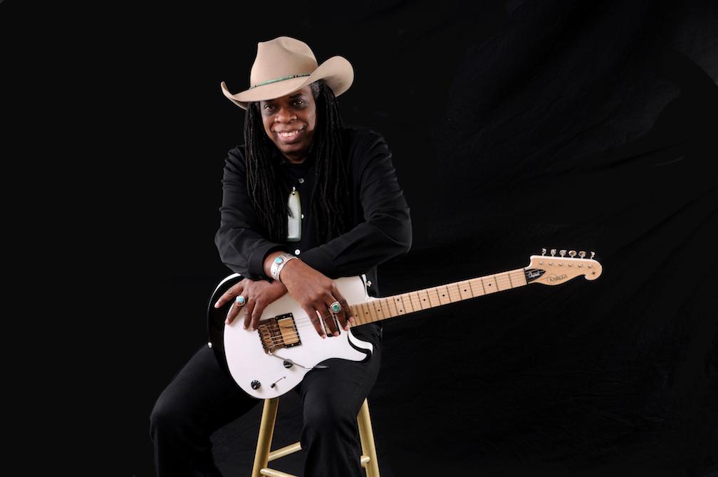 Larry Mitchell – zwei EPs mit jeder Menge Gitarren