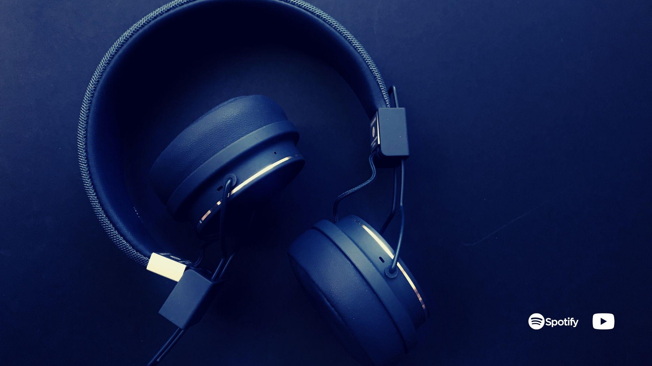 Headphones_MUSICSPOTS