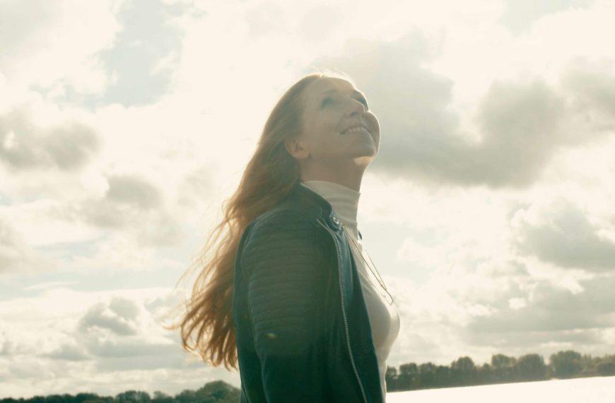 Kat Wulff – 'Tor zur Welt' ein Hamburg Song